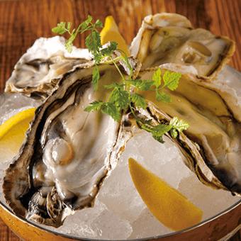 OYSTER<br /> <span>Fresh Hyogo Oyster</span>