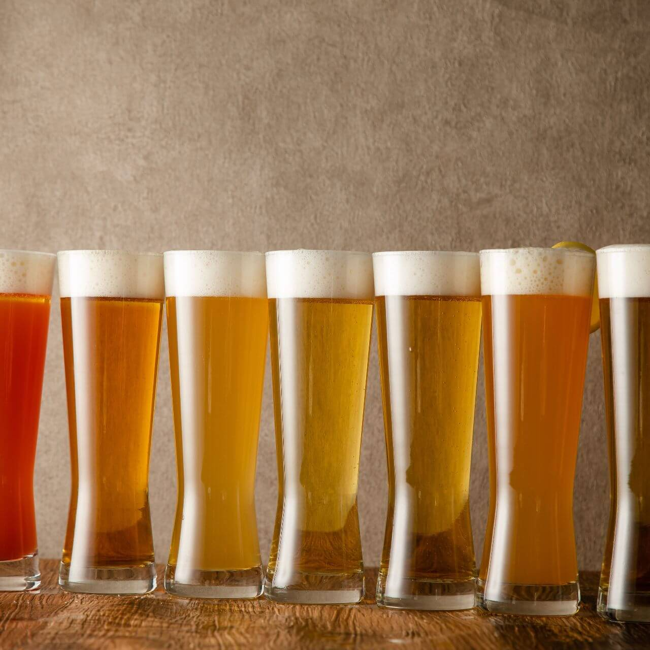 丸の内のカラオケ【MARUNOUCHI BASE】のクラフトビール
